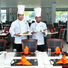 Отель Coco Royal Beach Resort питание фото 2