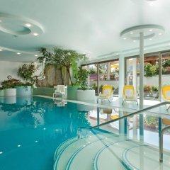 Отель Zum Mohren Италия, Горнолыжный курорт Ортлер - отзывы, цены и фото номеров - забронировать отель Zum Mohren онлайн бассейн