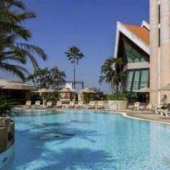 Отель Pullman Khon Kaen Raja Orchid Таиланд, Кхонкэн - отзывы, цены и фото номеров - забронировать отель Pullman Khon Kaen Raja Orchid онлайн бассейн