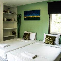 Отель Padi Madi Guest House Бангкок комната для гостей фото 2