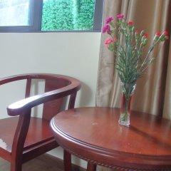 Отель Family Homestay Хойан в номере