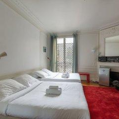 Отель Balcony Bliss steps from the Bois de Boulogne комната для гостей фото 3