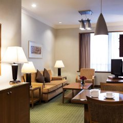 Отель Pullman Kuala Lumpur City Centre Hotel & Residences Малайзия, Куала-Лумпур - отзывы, цены и фото номеров - забронировать отель Pullman Kuala Lumpur City Centre Hotel & Residences онлайн интерьер отеля фото 2