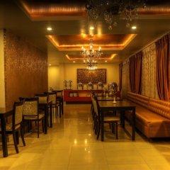 Отель Mandala Boutique Hotel Непал, Катманду - отзывы, цены и фото номеров - забронировать отель Mandala Boutique Hotel онлайн питание фото 2