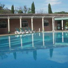 Отель Le César бассейн