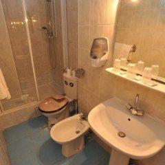 Отель Altona Франция, Париж - 5 отзывов об отеле, цены и фото номеров - забронировать отель Altona онлайн ванная