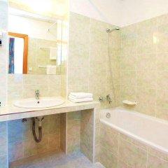 Hotel Merkur Прага ванная