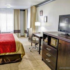Отель Comfort Inn And Suites Near Universal Studios Лос-Анджелес удобства в номере фото 2