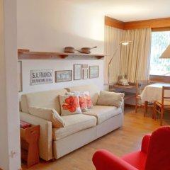 Отель Chesa Arlas B3 Швейцария, Санкт-Мориц - отзывы, цены и фото номеров - забронировать отель Chesa Arlas B3 онлайн комната для гостей фото 5