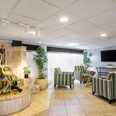 Отель Quality Inn & Suites Denver Stapleton фото 3