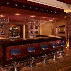 Отель Le Meridien NFis гостиничный бар