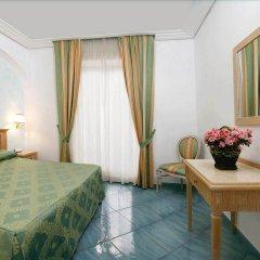 Hotel Due Torri Аджерола комната для гостей