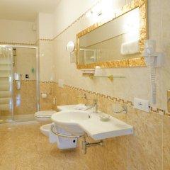 Hotel Borgo dei Poeti Wellness Resort Манерба-дель-Гарда ванная