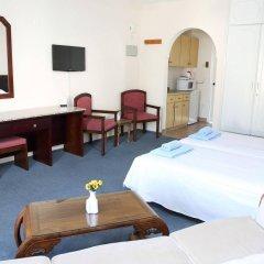 Antonis G. Hotel Apartments удобства в номере