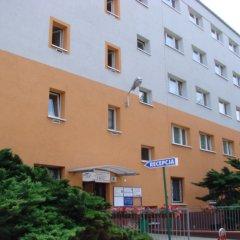 Trio Hostel вид на фасад