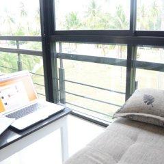 Отель The Kris Resort Condotel at Bagtao Beach удобства в номере