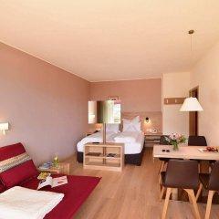 Отель Gartenresidence Zea Curtis Италия, Меран - отзывы, цены и фото номеров - забронировать отель Gartenresidence Zea Curtis онлайн комната для гостей фото 2
