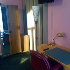 Отель Hôtel Stalingrad удобства в номере фото 2