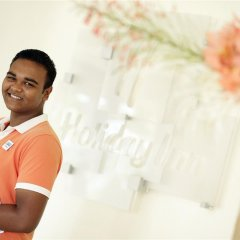 Отель Holiday Inn Resort Kandooma Maldives интерьер отеля