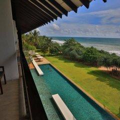 Отель Temple Tree Resort & Spa Шри-Ланка, Индурува - отзывы, цены и фото номеров - забронировать отель Temple Tree Resort & Spa онлайн балкон
