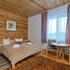 Гостиница Love Panorama Monica Украина, Тернополь - отзывы, цены и фото номеров - забронировать гостиницу Love Panorama Monica онлайн комната для гостей
