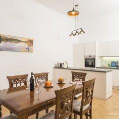 Апартаменты Seilergasse De Luxe Apartment by Welcome2Vienna Вена в номере