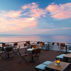 Отель Blue Bay бассейн
