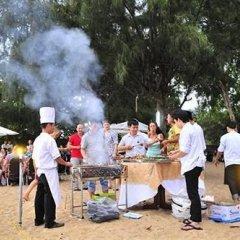 Отель Maritime Hotel Nha Trang Вьетнам, Нячанг - отзывы, цены и фото номеров - забронировать отель Maritime Hotel Nha Trang онлайн приотельная территория фото 2