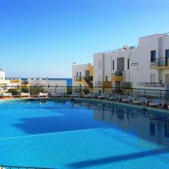 Отель Clube Meia Praia бассейн фото 2
