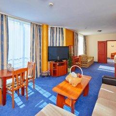 Отель Petar and Pavel Hotel & Relax Center Болгария, Поморие - отзывы, цены и фото номеров - забронировать отель Petar and Pavel Hotel & Relax Center онлайн комната для гостей