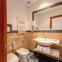 Отель Romoli Hotel Италия, Рим - 6 отзывов об отеле, цены и фото номеров - забронировать отель Romoli Hotel онлайн ванная фото 2