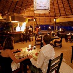 Отель Kuredu Island Resort питание фото 3