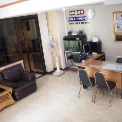 Отель Orient House интерьер отеля