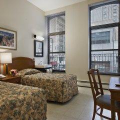 Отель Americana Inn 2* Стандартный номер с 2 отдельными кроватями (общая ванная комната)