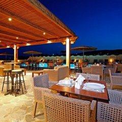 Отель Thera Mare Hotel Греция, Остров Санторини - 1 отзыв об отеле, цены и фото номеров - забронировать отель Thera Mare Hotel онлайн питание фото 3