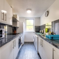 Отель Charming Grassmarket Apartment with Castle View Великобритания, Эдинбург - отзывы, цены и фото номеров - забронировать отель Charming Grassmarket Apartment with Castle View онлайн фото 2