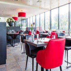 Bastion Hotel Almere гостиничный бар
