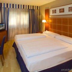 Отель Exe Vienna Вена сейф в номере