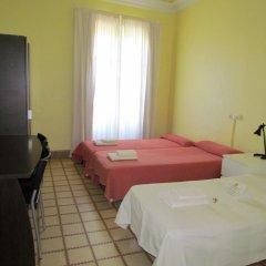 Отель Barcelona City Ramblas (Pensión Canaletas) Испания, Барселона - 1 отзыв об отеле, цены и фото номеров - забронировать отель Barcelona City Ramblas (Pensión Canaletas) онлайн комната для гостей фото 8