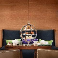 Отель JW Marriott Absheron Baku Азербайджан, Баку - 10 отзывов об отеле, цены и фото номеров - забронировать отель JW Marriott Absheron Baku онлайн удобства в номере фото 2