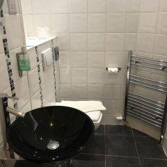 Отель Kempfield House Hotel Великобритания, Кемптаун - отзывы, цены и фото номеров - забронировать отель Kempfield House Hotel онлайн ванная фото 2