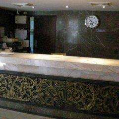 Отель Suriwongse Hotel Таиланд, Бангкок - отзывы, цены и фото номеров - забронировать отель Suriwongse Hotel онлайн интерьер отеля фото 3