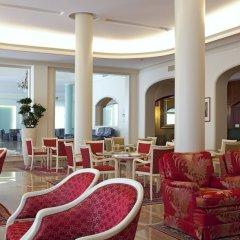 Отель Bristol Buja Италия, Абано-Терме - 2 отзыва об отеле, цены и фото номеров - забронировать отель Bristol Buja онлайн гостиничный бар