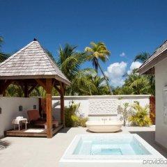 Отель The St Regis Bora Bora Resort Французская Полинезия, Бора-Бора - отзывы, цены и фото номеров - забронировать отель The St Regis Bora Bora Resort онлайн бассейн фото 2