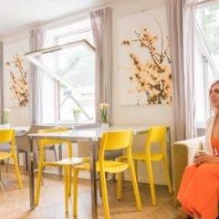 Отель Marken Guesthouse Берген гостиничный бар