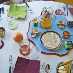 Отель Laxmi Guesthouse B&B Италия, Генуя - отзывы, цены и фото номеров - забронировать отель Laxmi Guesthouse B&B онлайн питание