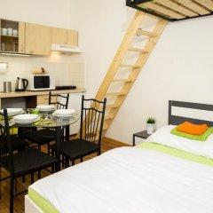 Апартаменты Flying Bed Apartment close to Castle Прага комната для гостей фото 4