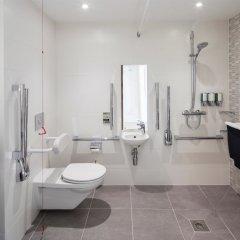 Отель Hampton by Hilton Belfast City Centre ванная