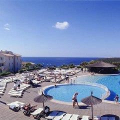 Отель Blau Punta Reina Resort бассейн фото 2