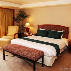 Отель Century Park Hotel Филиппины, Манила - отзывы, цены и фото номеров - забронировать отель Century Park Hotel онлайн комната для гостей фото 2